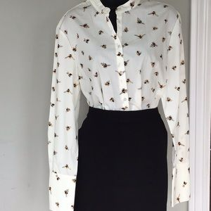 Victoria Beckham bee shirt